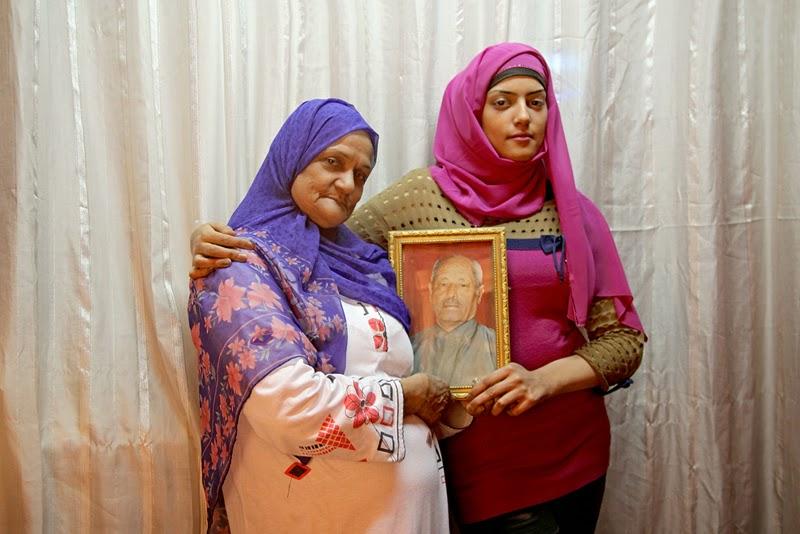 Ahmed Kamel - Artwork - Photo series -Mona Hafez-Mother, C print, 60x40cm, 2012