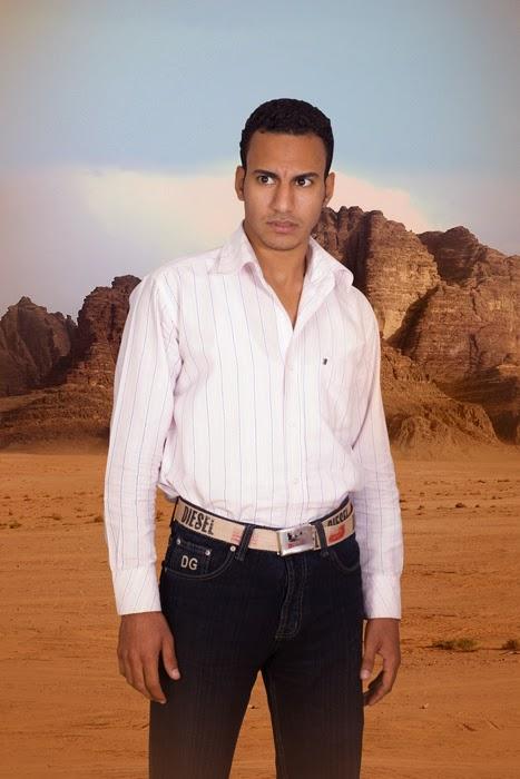 Ahmed Kamel - Artwork - Photo series - Local Star - C print, 66x99cm, 2010